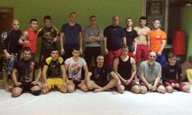 Marius și Vali Doczi au ținut un seminar de MMA și Grappling la Târgu Mureș