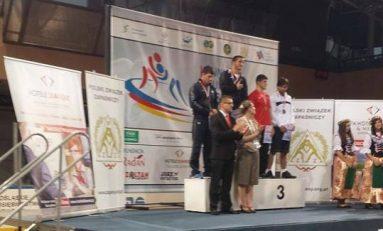 Lupte: Medalii de argint şi bronz pentru juniorii români la Europenele din Polonia