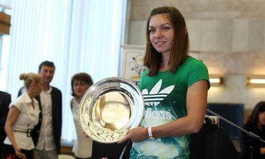 """Simona Halep, primită ca o """"regină"""" la revenirea în ţară de la Paris"""