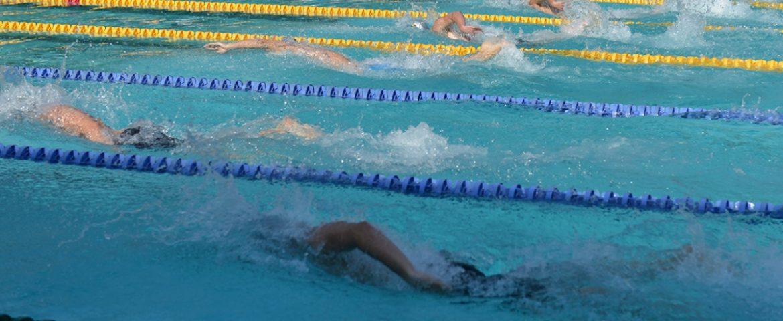 Înot: Alex Coci ratează pentru numai șase sutimi prezența în semifinalele Europenelor la 100 metri fluture