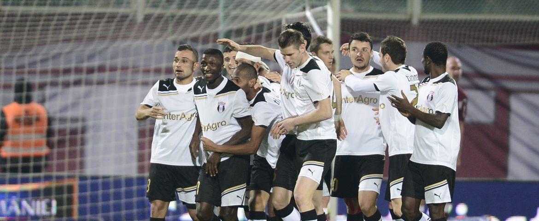 Astra Giurgiu înscrie din nou trei goluri şi ajunge în play-off-ul Europa League