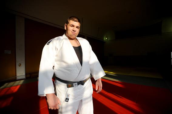 Simionescu și Natea părăsesc Mondialele de judo după un singur tur