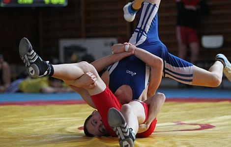 Mihai Mihuț, aproape de podiumul Mondialelor de lupte juniori din Croația