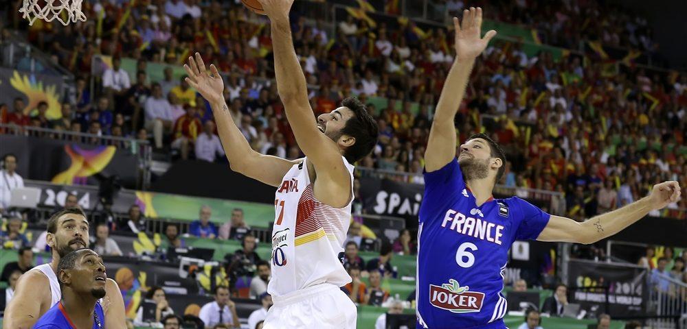Baschet: Grecia câștigă partida derby cu Croația, Spania face scor cu Franţa, iar SUA depășește din nou 100 de puncte