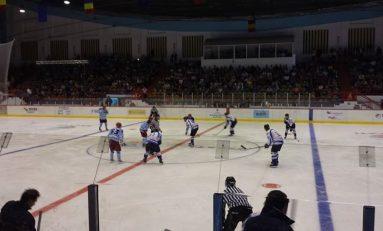 A început Cupa României de hochei pe gheață