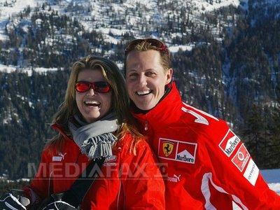 Michael Schumacher, îngrijit de 15 specialişti