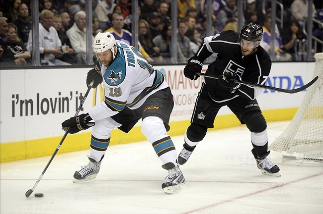 Sezonul NHL a debutat cu surpinzătoarea înfrângere a campioanei en-titre în propria arenă