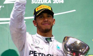 Lewis Hamilton câștigă Marele Premiu al Japoniei și rămâne lider