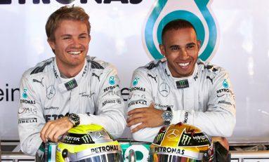 Rosberg il intrece pe coechipierul Hamilton la primele antrenamente premergatoare startului noii editii a Formulei 1!