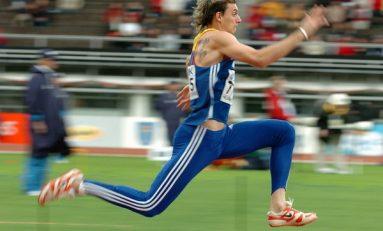 12 atlete și cinci atleți români pentru Mondialele de la Beijing