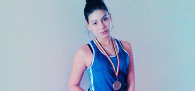 O singură medalie, bronz, la Europenele de  box junioare și tineret și zece clasări aproape de podium
