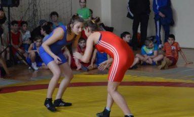 Ștefania Priceputu luptă pentru bronzul mondial al categoriei 46 kilograme