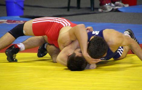 Mihai Mihuț, bronz la Mondialele de lupte juniori din Brazilia