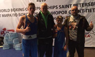 Bronz mondial pentru pugiliștii juniori Cosmin Gîrleanu și Alberto Biro