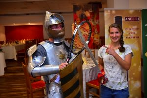 Inedit Players Party - cavaleri templieri, săbii și rachete de tenis