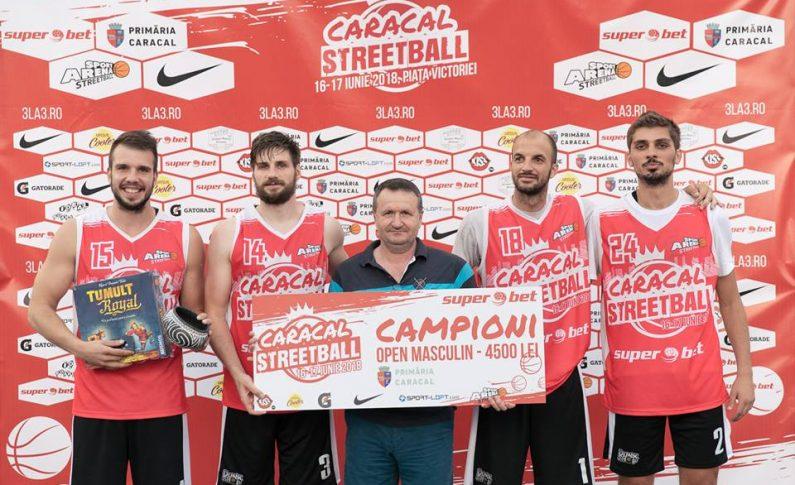 Superbet Caracal Streetball a fost organizat de Sport Arena Streetball, cu sprijinul Primăriei Caracal și a fost susținut de Superbet, Nike, sport-loft.com, Ursus Cooler, Gatorade, Kiss FM, Horizon, Ideal Board Games și Pegas.