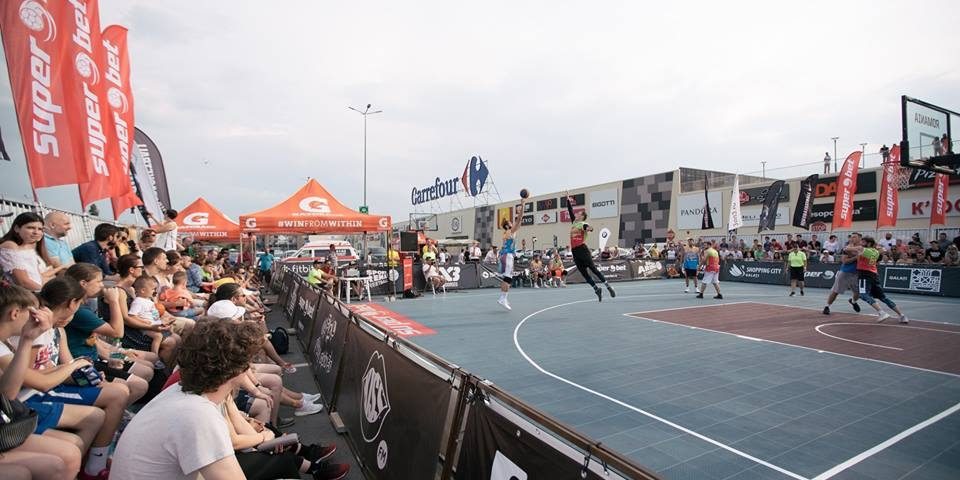 Baschet 3×3 cu US Army: Superbet Caracal Streetball, turneu-premieră în orașul din județul Olt