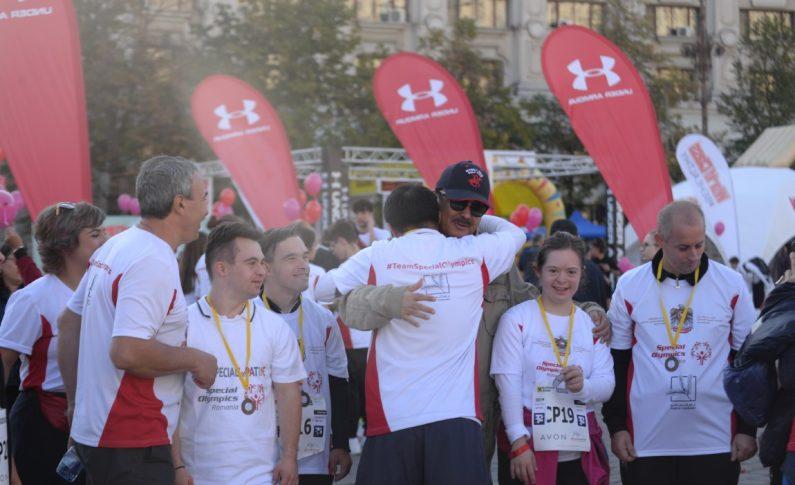 Ambasadorul UAE cu sportivi SOR Maraton Buc (Medium)