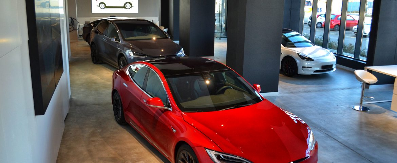 Teslounge Bucharest anunță inaugurarea primului showroom independent pentru mașini Tesla din România
